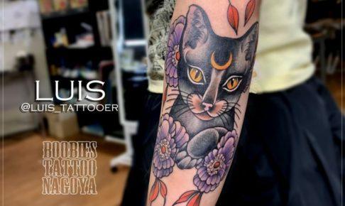 猫のネオトラディショナルフルカラータトゥー