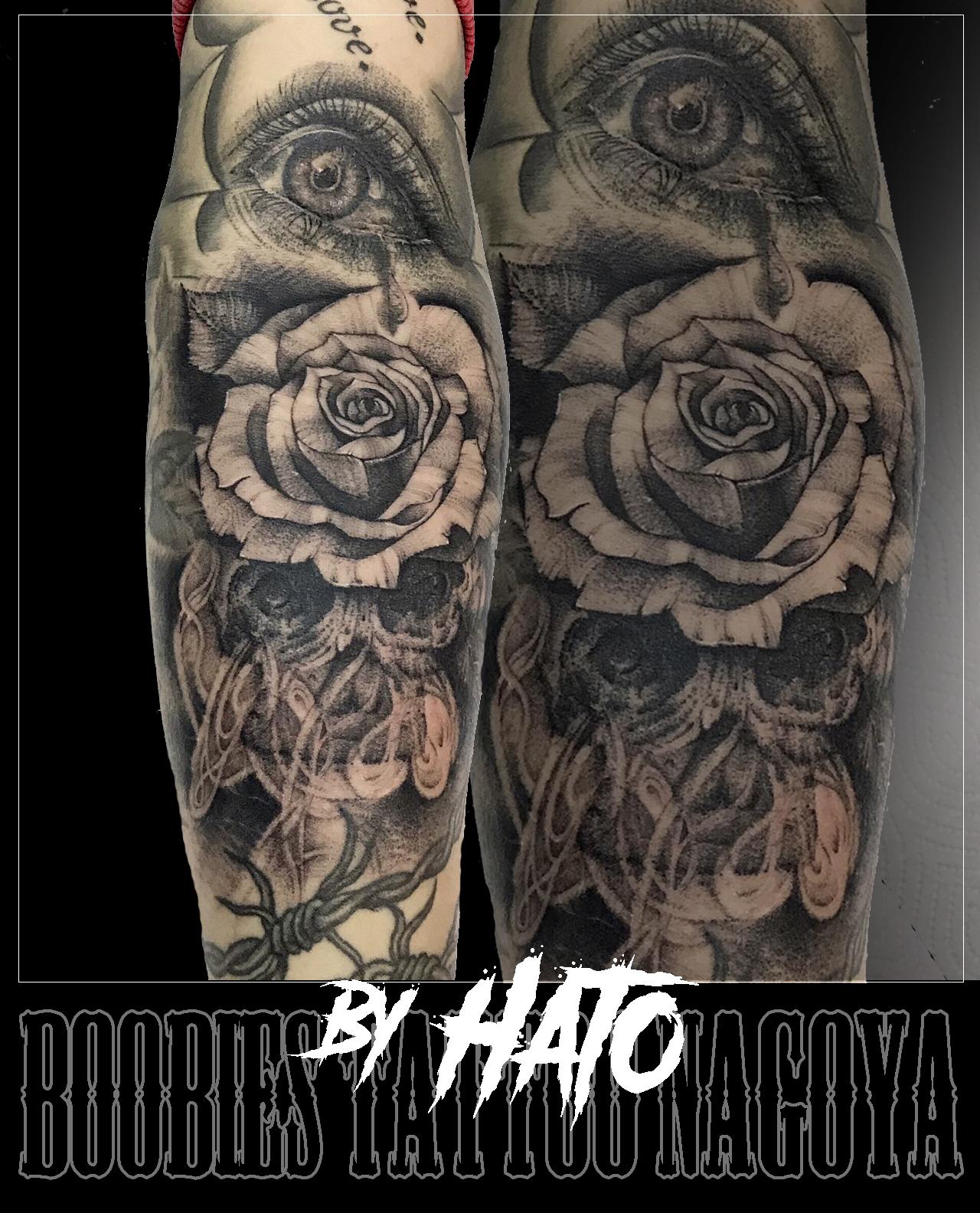 眼&薔薇&髑髏&煙のタトゥー